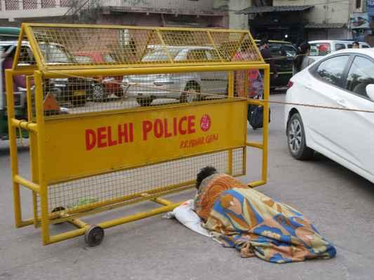 Bezdomovci se valí všude.