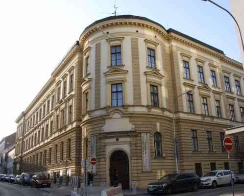 Střední škola umění a designu a Vyšší odborná škola Brno má v místě dlouhou historii.